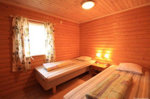 Schlafzimmer – Ferienhaus Majblomme