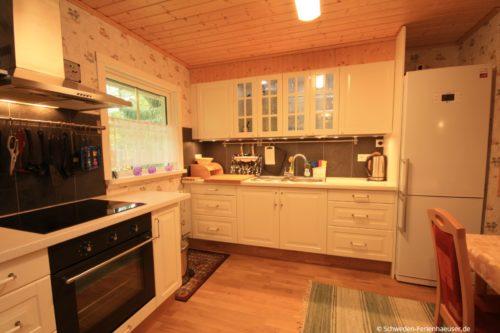 Küche mit Essplatz – Ferienhaus Ingrids Hus
