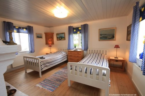 Schlafzimmer 1 – Ferienhaus Seestuga
