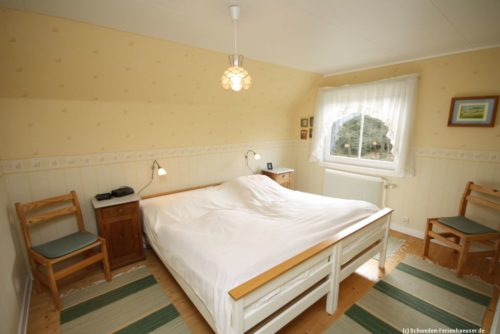 Schlafzimmer 1 – Ferienhaus Mårdaklev
