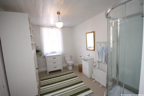 Badezimmer 1 – Ferienhaus Viken
