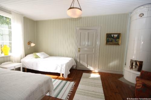 Schlafzimmer 5 – Ferienhaus Viken