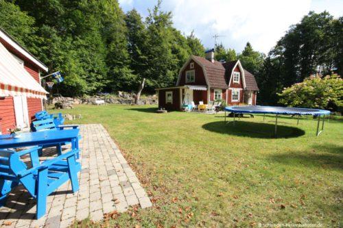 Garten – Ferienhaus Tostaboda