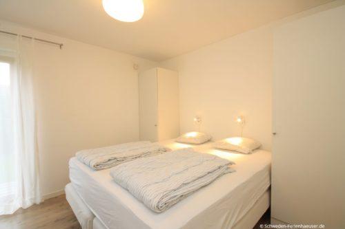 Schlafzimmer 1 – Ferienhaus Borrby
