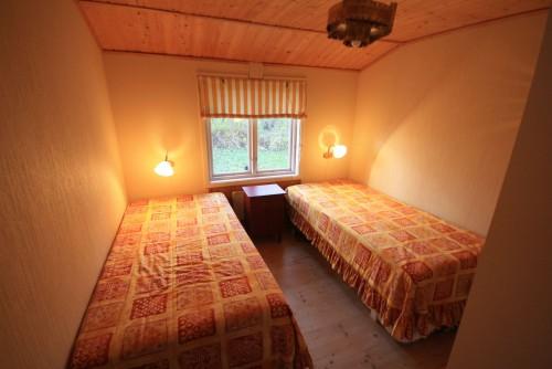Schlafzimmer 1 – Ferienhaus Dennbo