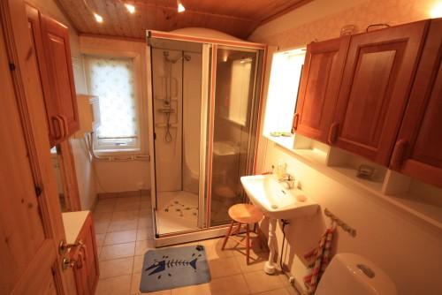 Badezimmer – Ferienhaus Dennbo