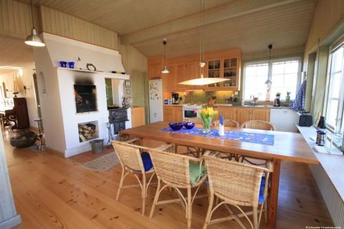 Küche mit Essplatz – Ferienhaus Dihult