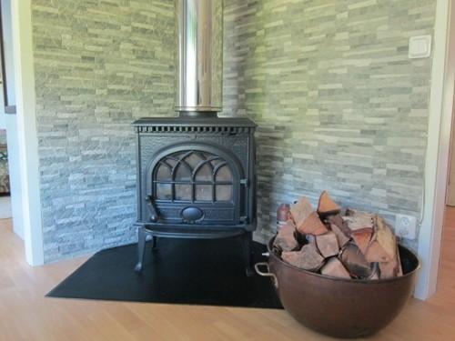Kamin Wohnbereich – Ferienhaus Fagelsudd