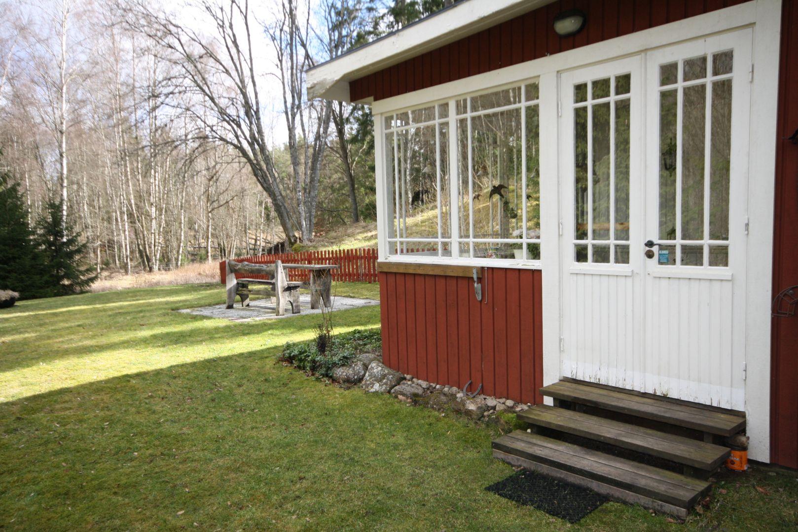 ferienhaus schweden kaufen unsere kaufangebote in schweden. Black Bedroom Furniture Sets. Home Design Ideas