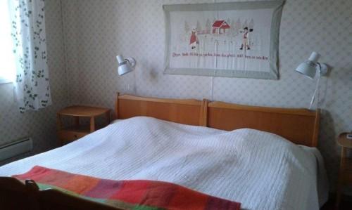 Schlafzimmer 1 - Ferienhaus Rönnäs
