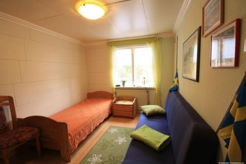 Schlafzimmer 2 – Ferienhaus Tostaboda