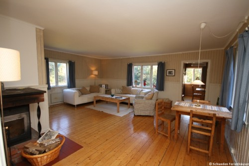 Wohnbereich mit Kamin – Ferienhaus Nab