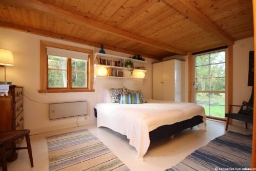 Schlafzimmer – Ferienhaus Rockneby