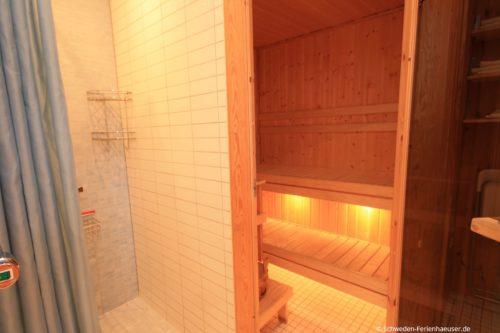 Badezimmer mit Sauna – Ferienhaus Ugglarp