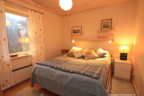 Schlafzimmer 1 (Erdgeschoss) – Ferienhaus Ugglarp