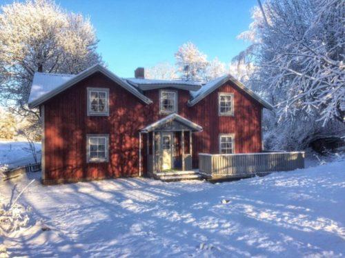 Außenansicht im Winter – Ferienhaus Tida