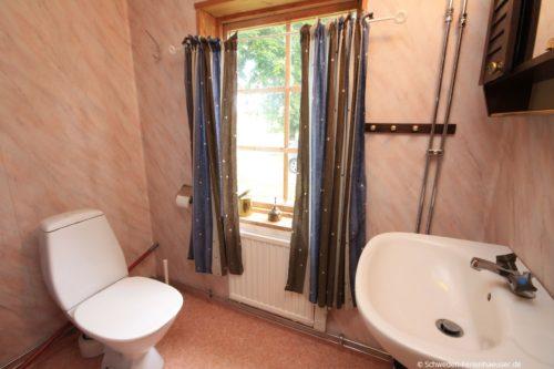 Badezimmer 1 – Ferienhaus Tida