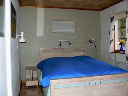 Schlafzimmer 2 – Ferienhaus Hrysås