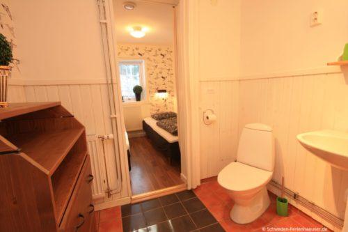 WC (Erdgeschoss) – Ferienhaus Bro