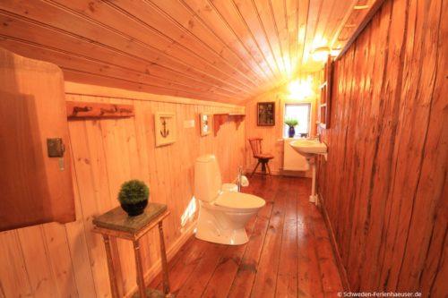 WC (Obergeschoss) – Ferienhaus Bro