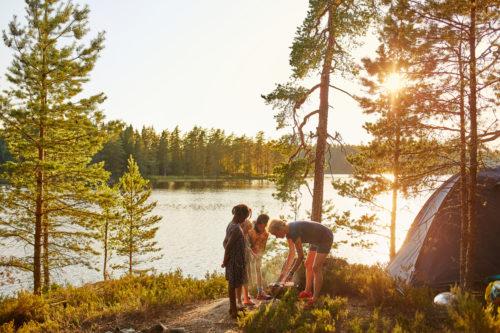Värmland bietet die perfekte Kulisse für einen Campingurlaub | © Clive Tompsett/imagebank.sweden.se