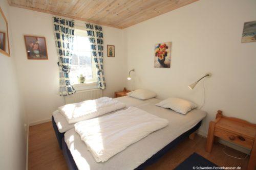 Schlafzimmer 2 - Ferienhaus Backö