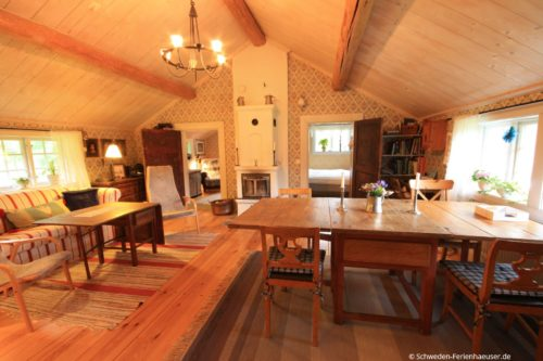 Wohn- /Essbereich mit offener Küche – Ferienhaus Härbråten